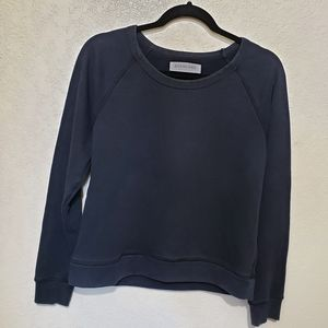 Everlane  pullover black sweater
